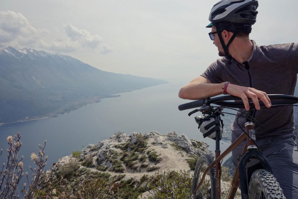 erman bike mondo at punta larici garda